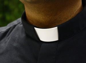 """Ordinare «presbiteri di comunità sposati». I dehoniani di """"Settimana"""" rilanciano una proposta latinoamericana"""