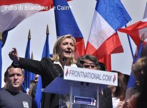 Presidenziali francesi: Marine Le Pen e il voto dei cattolici