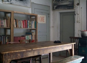 Il Cnca scrive al nuovo presidente Cei: nel nome di Don Milani, smilitarizzare i cappellani