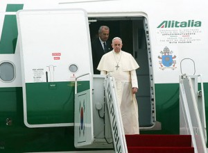 Papa Francesco chiede scusa agli abusati: ho sbagliato termine, ma confermo il mio pensiero