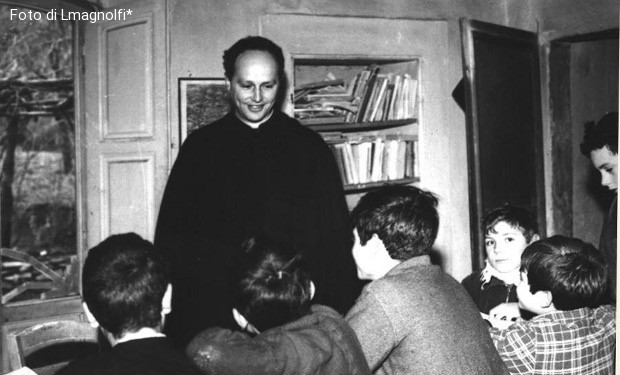 Sul prete di Barbiana. Don Milani, Concilio, Bibbia e comunità