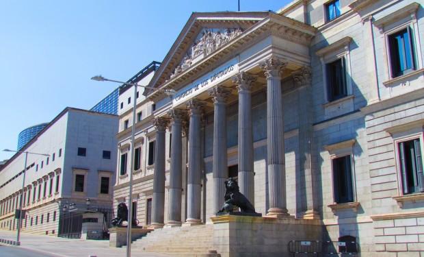 Commissione parlamentare spagnola: abroghiamo il Concordato con la Santa Sede