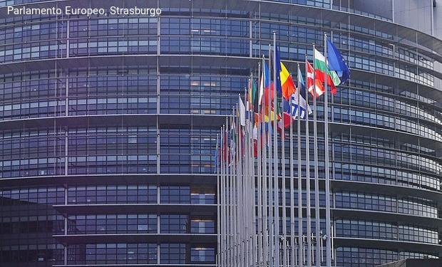71 deputati europei: la detenzione di bambini migranti in Grecia viola il diritto internazionale