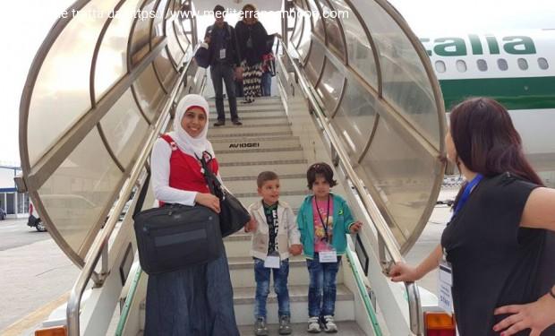 Corridoi umanitari: 70 siriani arrivano dal Libano a Fiumicino