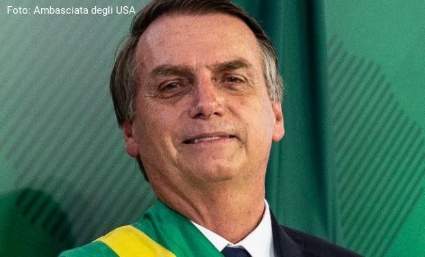 Comincia l'era Bolsonaro. Ed è già guerra