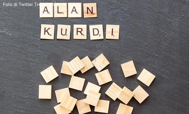 Nave Alan Kurdi ancora in mare. Si moltiplicano accuse e appelli