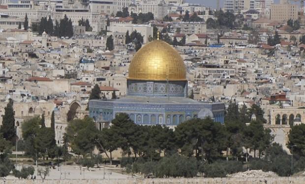 Vedere con gli occhi, vivere con il cuore. Capodanno a Gerusalemme con la Tavola della Pace