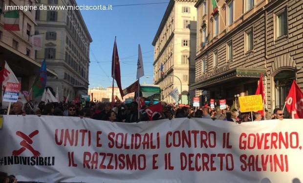 Governo alla Camera, antirazzisti in piazza: via i decreti sicurezza