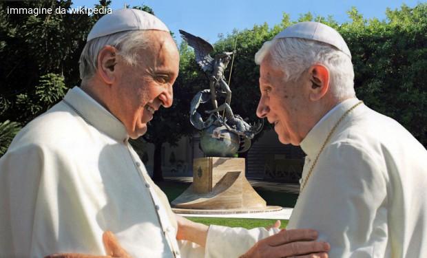 Spaccatura fra i due papi sul celibato ecclesiastico? La Santa sede ricompone