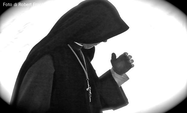 La relazione malata uomo-donna nella vita religiosa. Intervista al prefetto della Vita Consacrata