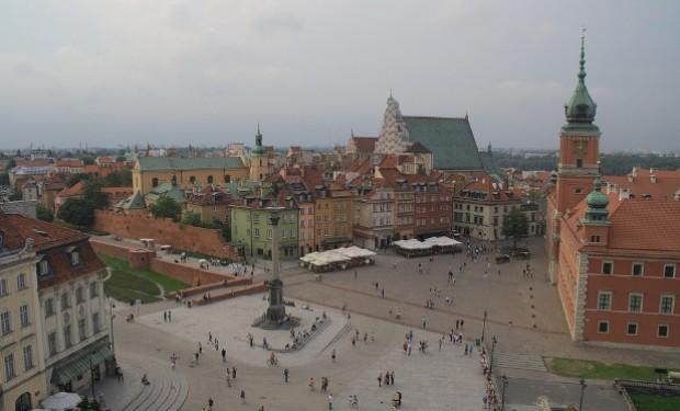 """Polonia, genitori di LGBT denunciano al papa i loro vescovi: """"istigano all'odio e alla violenza"""""""