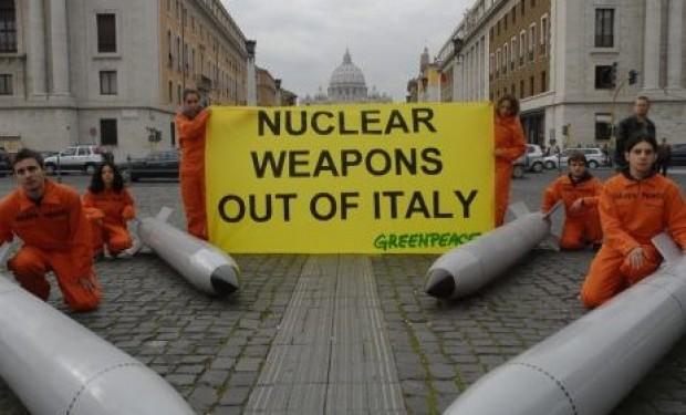 L'Italia aderisca al Trattato per il bando delle armi nucleari: un appello al Parlamento