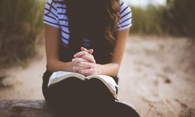 Il miracolo della perseveranza. Un anno di preghiere online