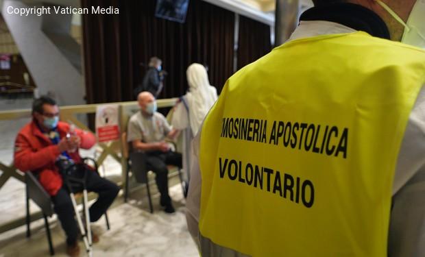 Senza fissa dimora vaccinati in Vaticano