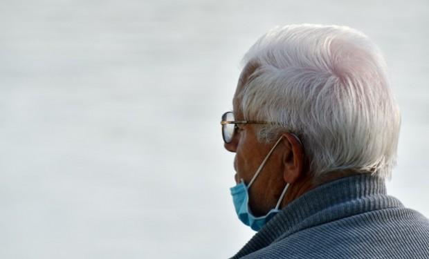 Un nuovo paradigma di cura per gli anziani: il sociologo Angelo Palmieri