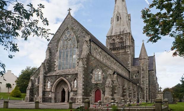E chi ha mai parlato di sacerdozio femminile!? Il nuovo vescovo irlandese fa retromarcia