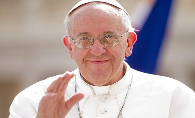 Il viaggio del Papa all'insegna del green pass