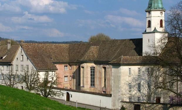 Svizzera: suor Gassmann predica durante la messa