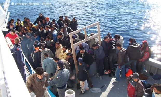 Calano gli immigrati in Italia. È la prima volta