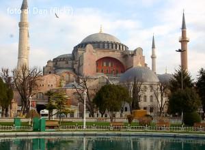 Consiglio ecumenico delle Chiese a Erdogan: «Rivedere decisione su Santa Sofia»
