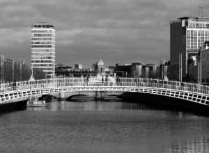 Irlanda: l'agghiacciante verità sulle strutture per ragazze madri e per i loro bambini in un rapporto del governo